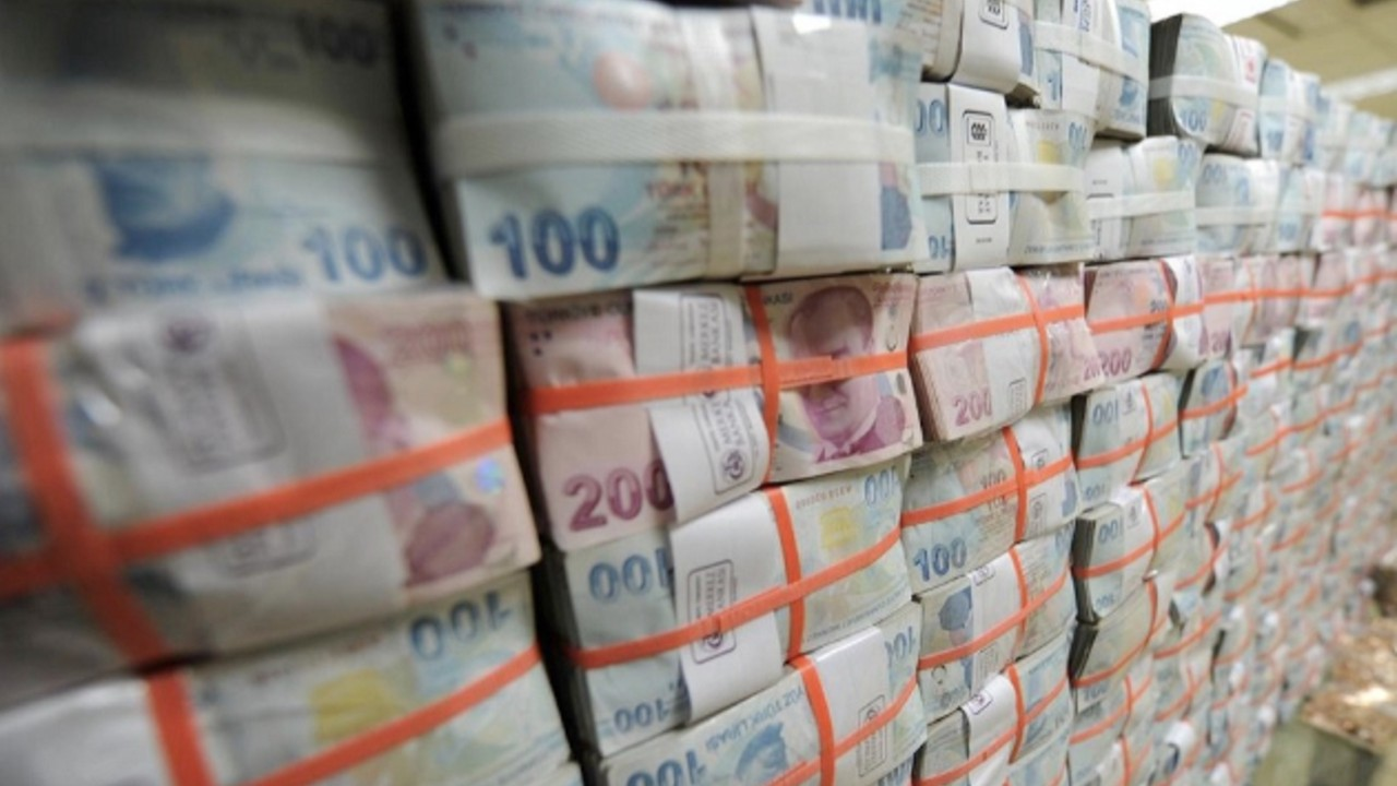 Turkish government forces banks to lend to the treasury – report