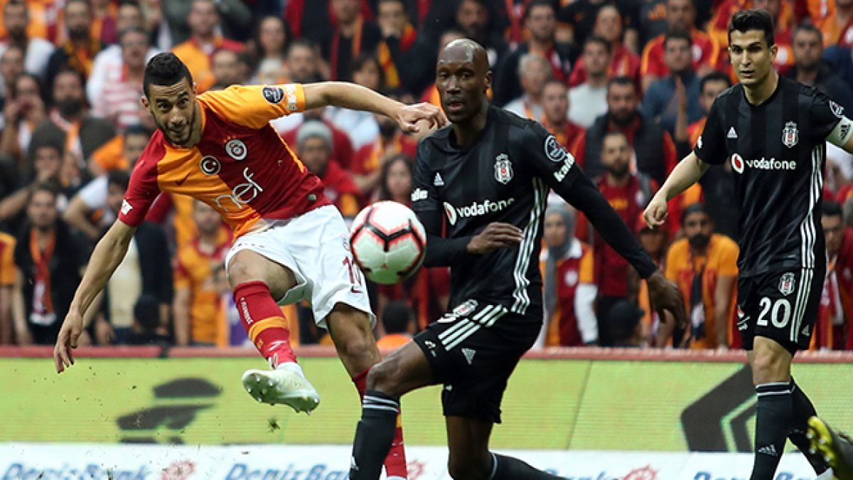 Galatasaray go top after 2-0 win over Besiktas - IPA NEWS